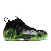 Nike ParaNorman Foamposite trainers / sneakers